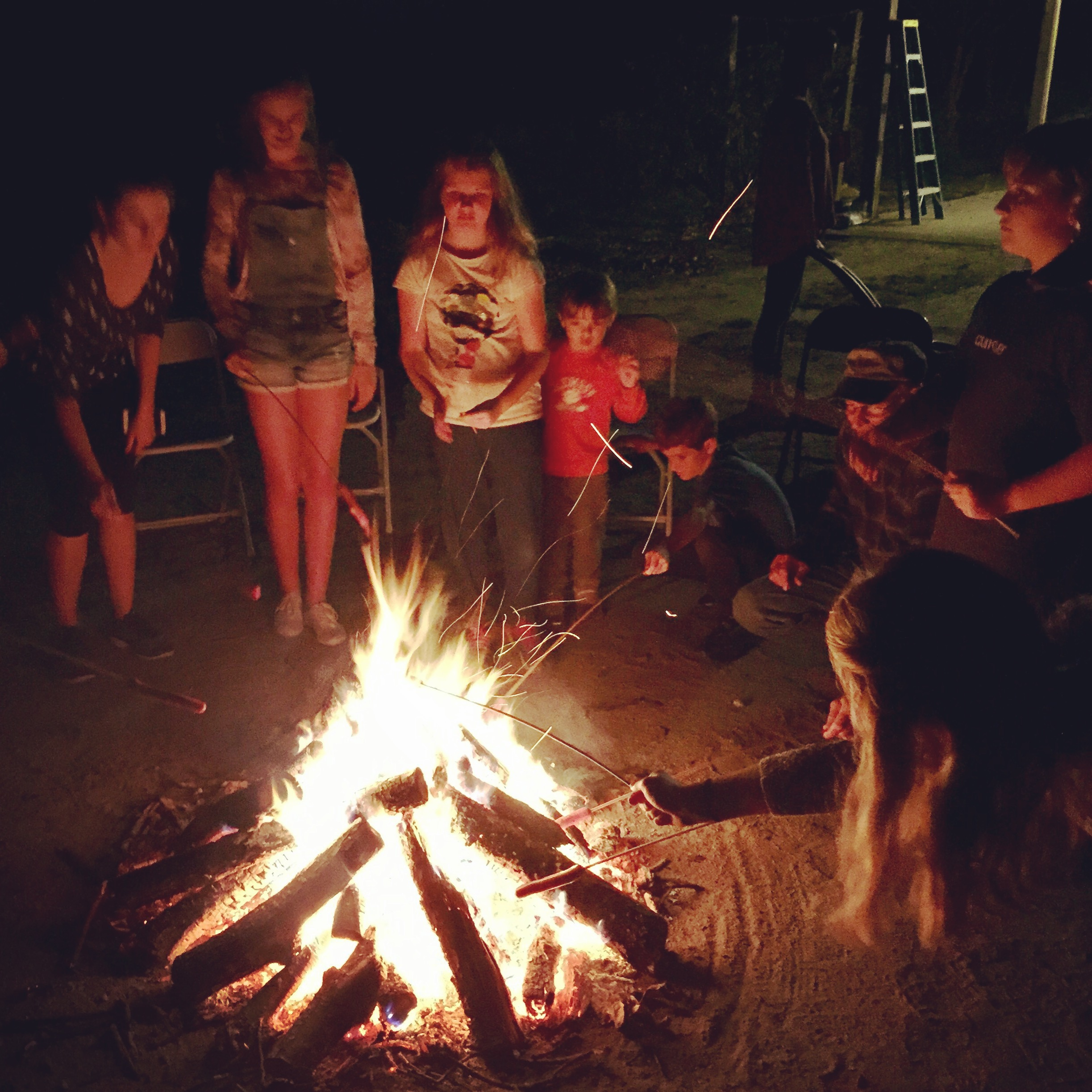 Lag Ba'Omer Bonfire and Picnic with the Shoresh Outdoor